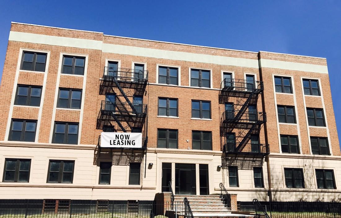Renovated Pet Friendly Apartments Newark NJ - 18 Summit